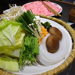 木曽路 - 美しいお野菜盛り