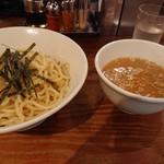 七代目  玉五郎 - 煮干しつけ麺
