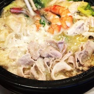 【夜】貸切4名様〜!ラーメンスープで作る鶏白湯ちゃんこ鍋!