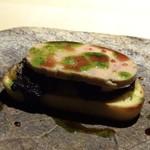 TTOAHISU - ◆フォアグラのテリーヌ・・ブータンノワールが挟まれてるのですがいいい味わいで フォアグラと共に頂くととてもいい味わい。