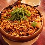96010682 - 豚の角煮と高菜の土鍋焼きご飯