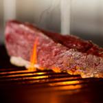 和牛イチボ肉のグリル(イチボ⇨ランプの一部で旨味のある赤みのお肉です)