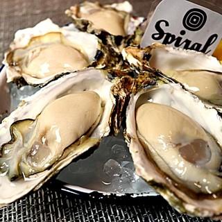 ◆お洒落な空間で牡蠣を堪能◆