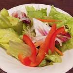 いきなりステーキ - サラダ  正にファミレスの味です