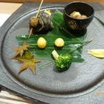96022784 - 前菜(タコとイカの沖漬け、姫さざえ、銀杏)