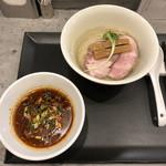 らぁ麺やまぐち - 料理写真:「辛つけそば(「鶏つけそば」950円+「辛つけそば変更」100円)