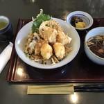 海老名 - 料理写真:とりこどん=900円 税別