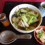 新南愛知カントリークラブ - ミニ丼セットの五目うどんのみ(セットは1400円)