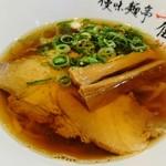 優味麺亭 やまどり - ラーメン(小)
