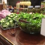 ファンゴーダイニング - サラダと前菜ビュッフェ