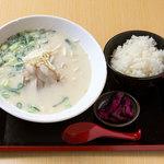 めん処マサムネ屋  - 白湯にんにくラーメン麺定食