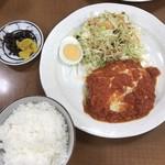 家庭料理エプロンママ - 相方の日替わりチーズハンバーグトマトソースかけ680円!