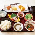 魚魯魚魯 - 海の恵み御膳