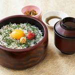 魚魯魚魯 - しらす丼