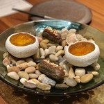 96052958 - 牛肉と野菜のタルタル コンソメゼリー 北海道産雲丹、鰻のエクレア