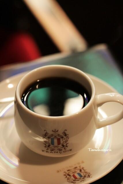 フランソア喫茶室 - 重厚で独特の雰囲気があります