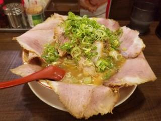 らーめん 2国 お初天神店 - チャーシューらーめん 920円
