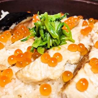 季節ごとに変わる【土鍋ご飯】お食事だけでもOKです