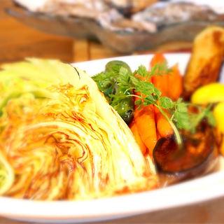 富山県内産を中心に「地場の野菜」にこだわります。