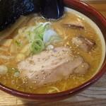 麺屋ひかる - 料理写真:みそ750円