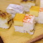 八竹 - 大阪鮓、玉子と海老