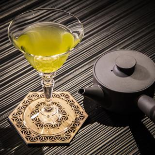 農薬不使用の厳選茶葉を使用した自家製『茶酒』