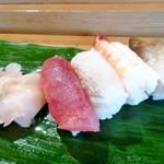 大寿司 - ランチ握りの一部