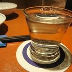 96084292 - 日本酒は100ml単位で頼みやすい