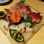 さやま - 水蛸、サーモン、鯒、かんぱち、鰤、イサキ