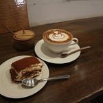 モトコーヒー - ティラミス&カプチーノコンココア