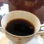 レストラン ローマの太陽 - コーヒー150円     少し飲んでしまいました(^ω^;)
