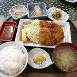 惣菜 おか - ミニトンカツ(ウメ 大葉入り)定食