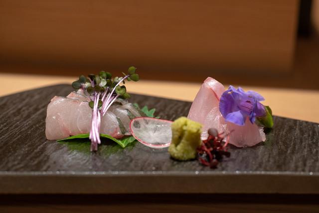 魚菜由良 鼎の料理の写真