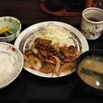 ときわ食堂 - ホルモン炒め定食