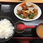 めん処マサムネ屋 - 酢豚定食ごはん大