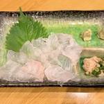 山忠 - カワハギ刺    950円