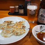 長谷川 - ギョーザ & ビール