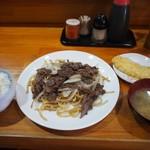 長谷川 - 焼そば定食+具だくさん