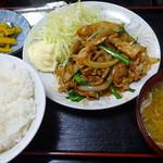 華宝 - 味噌焼肉定食900円