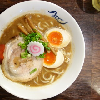 麺や 紡 - 料理写真:熟成ラーメン+玉子