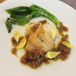 96149474 - 本日の魚料理~カラスガレイのポワレ 醤油麹とはちみつのソース