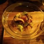 SIC cafe&bar - 魚介とアボカドのサラダ