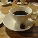 9615447 - 美瑛の北工房の豆で入れたコーヒー。カップもさりげなく素敵なデザインで最高です。