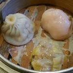96150688 - 香港自家製飲茶三種盛り