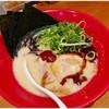 博多 一風堂 - 料理写真:のりねぎ赤丸 1010円 すごーく食べやすい豚骨ラーメンです。