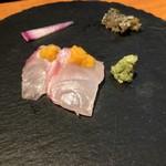 旬味食彩 佳乃 - クエ刺し生カラスミのせ&鱗せんべい