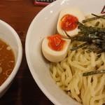 煮干しラーメン玉五郎 六代目 - 特製煮干しつけ麺♪