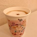 キャットカフェ てまりのおしろ - ドリンク写真:ふわふわカフェラテ