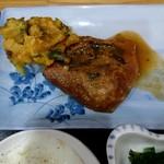 96162772 - サバ味噌煮とかき揚げ
