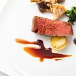 ビストロ・ダルテミス - 牛フィレ肉のロースト 赤ワインソース(2018 Xmasコース)